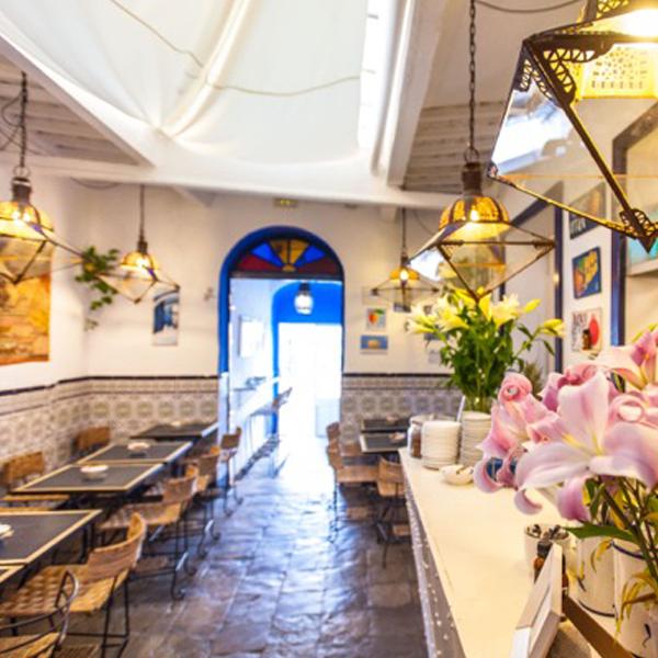 Salon Cafe Azul
